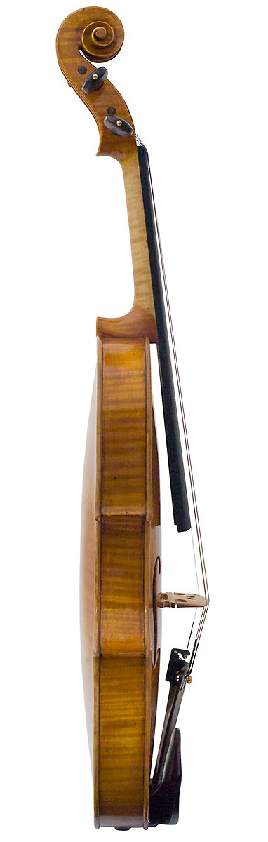 Side of Laura Vigato's 2009 violin