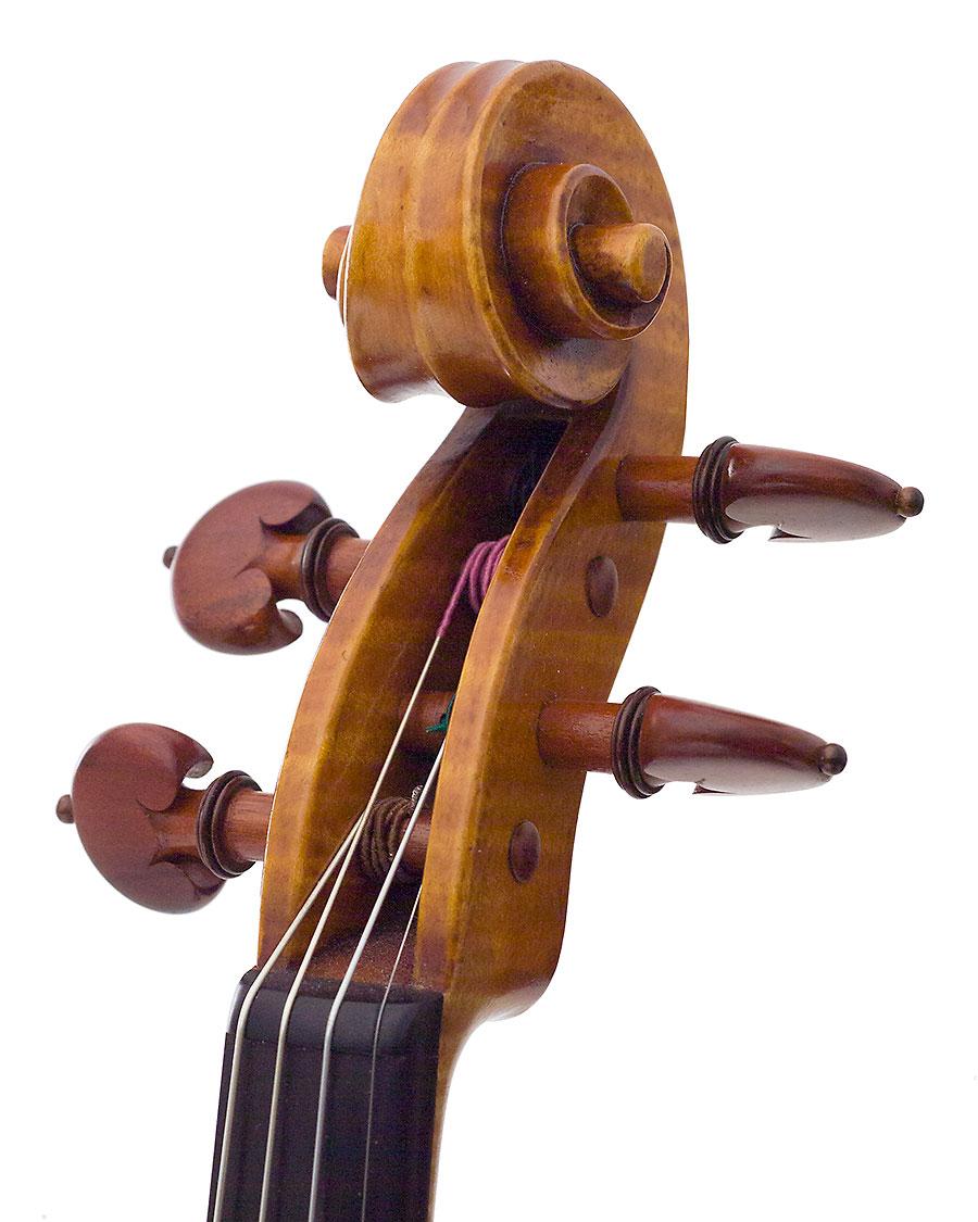 Scroll, Kurt Widenhouse's 2007 Guarneri model violin
