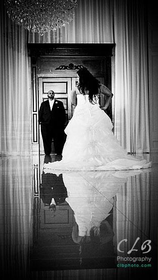 bride-and-groom-at-gramercy-lakeside-manor-hazlet-NJ