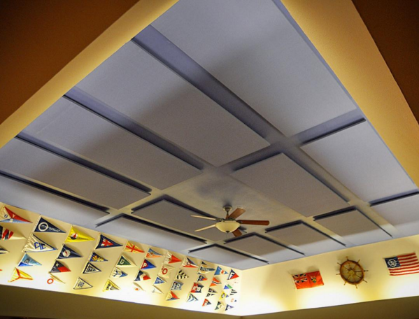 acoustic-panels-installed-on-ceiling