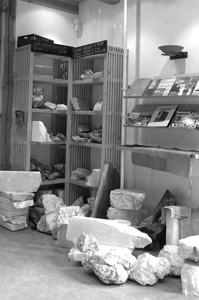 Steengoed Winkel in Beeldhouwstenen
