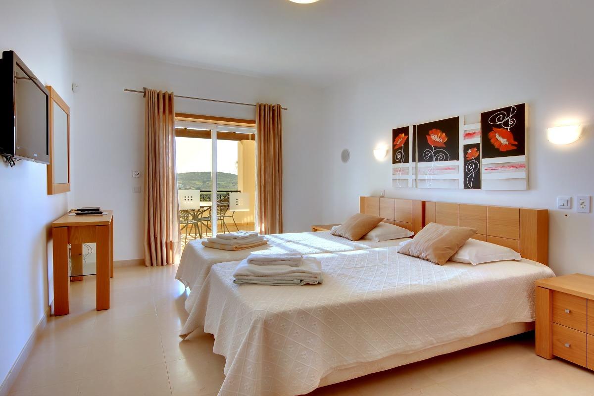 Casa Icarus Double Bedroom 2
