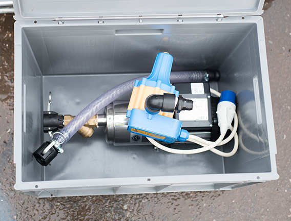 Hire electric pump for use on a welfare site bowser