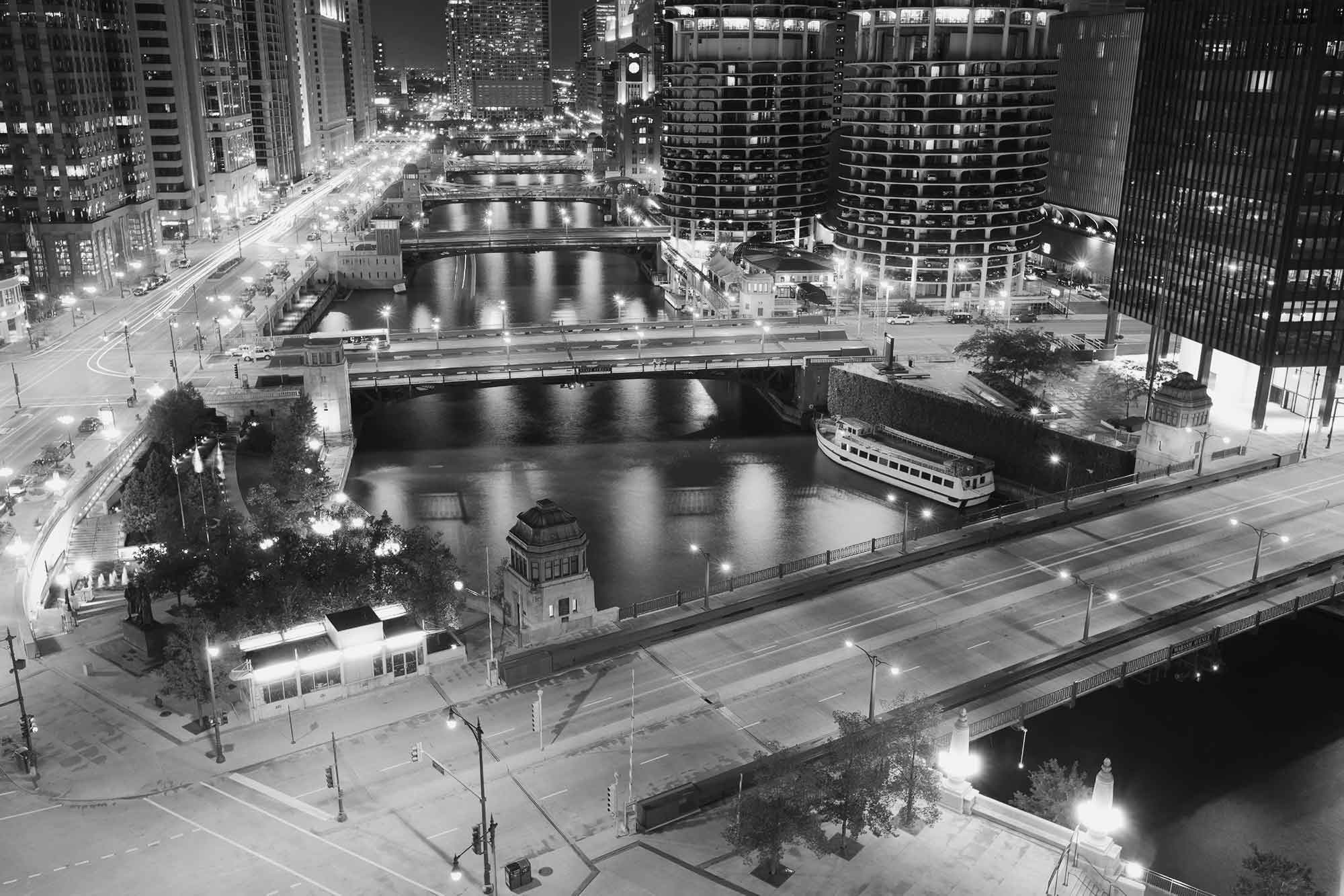 Black & White photo of downtown Chicago.