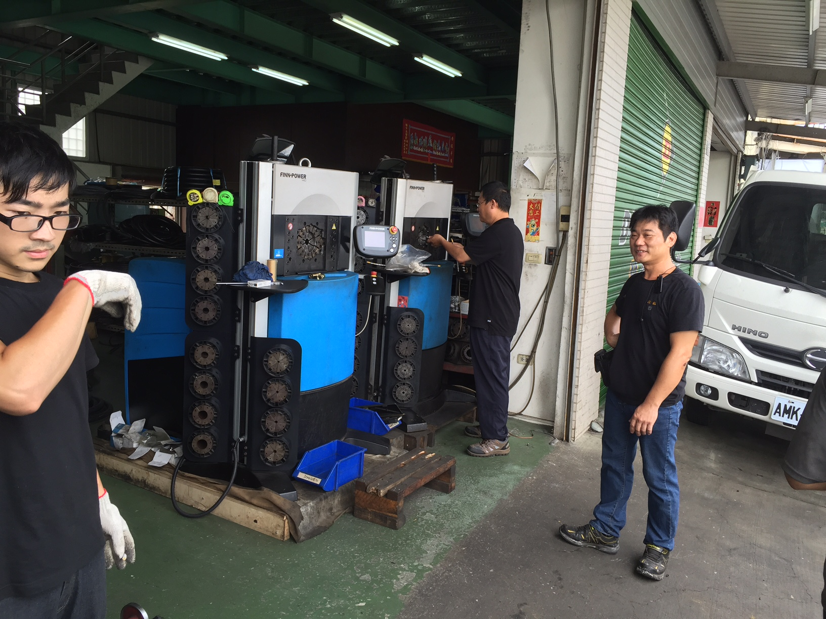 Busy day at Taiwan hose shop