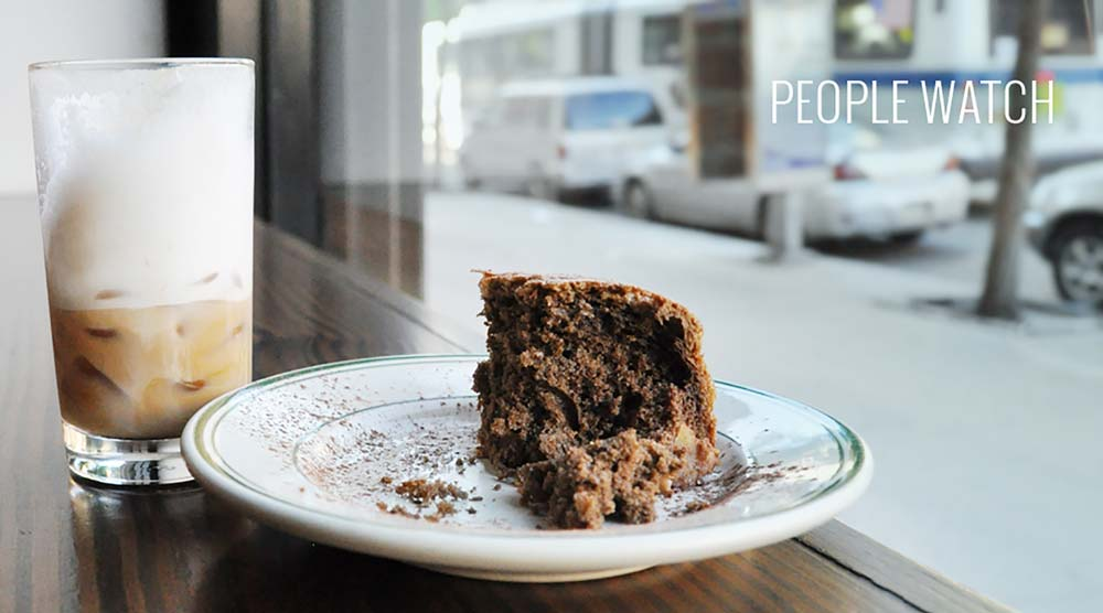 stop motion photos of cake and coffee