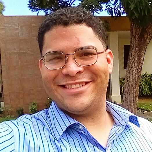 Rafael Omar Santana, de Carolina787.