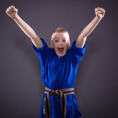 childrens karate and kickboxing lessons