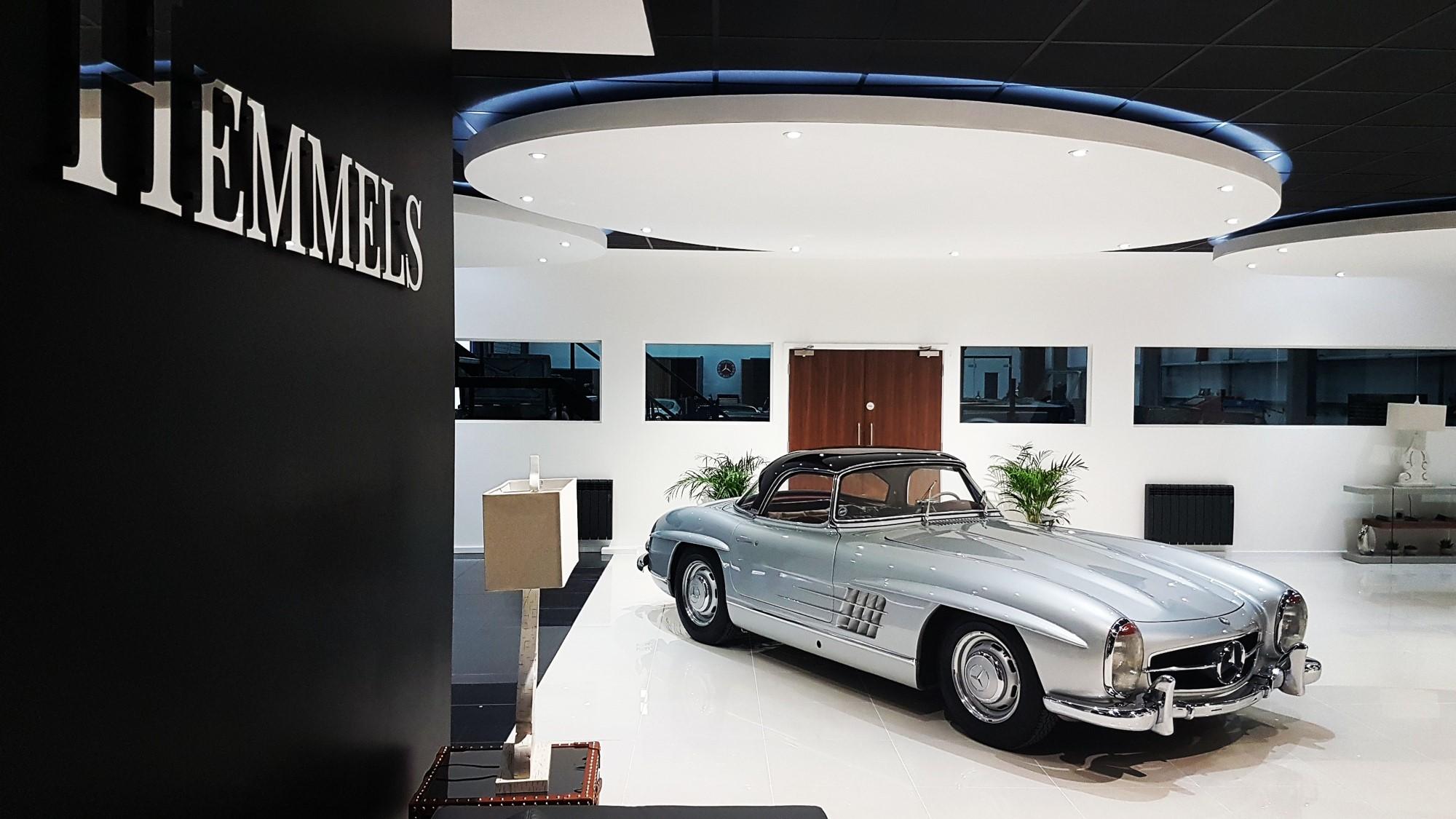 Hemmels showroom - classic mercedes