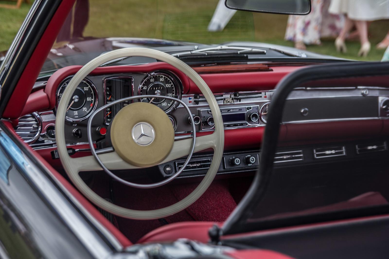 280SL classic mercede sinterior