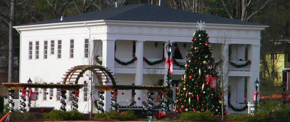 Atlanta Municipality Christmas Decor