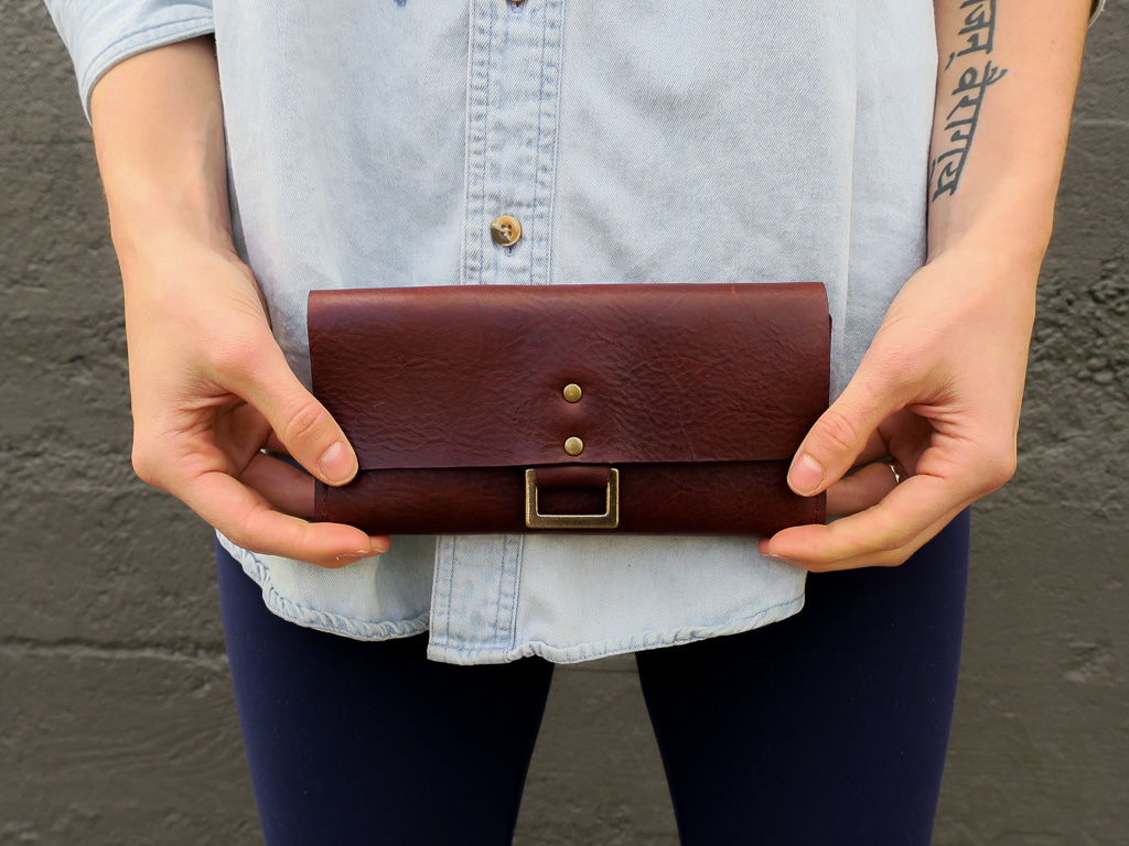 Uphill Designs - Annette leather wallet clutch - sienna brown - in hands