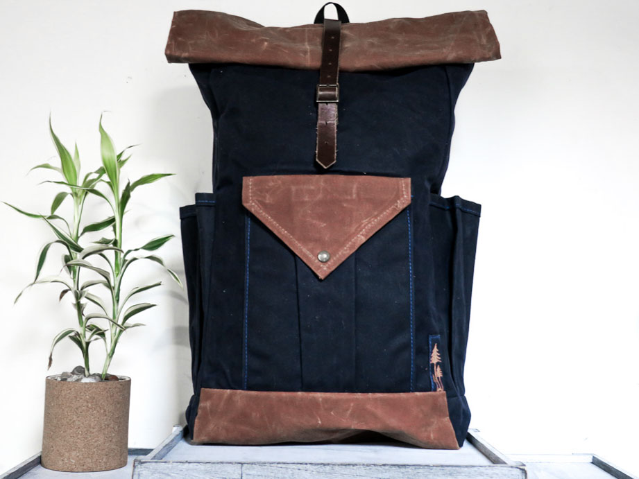 Uphill Designs - waxed canvas large Crest backpack - navy - front