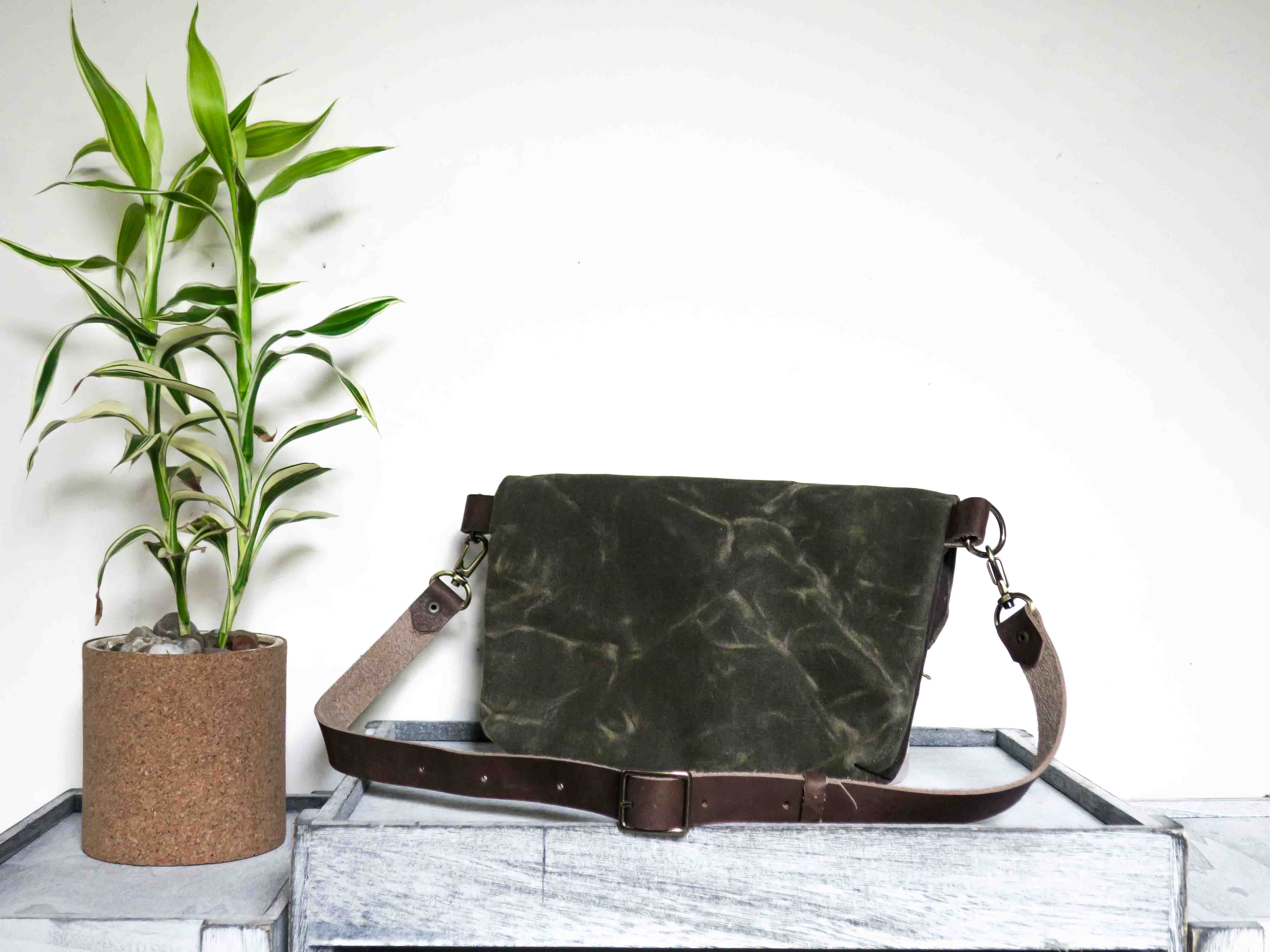 Uphill Designs - waxed canvas Kintla fanny pack - olive back
