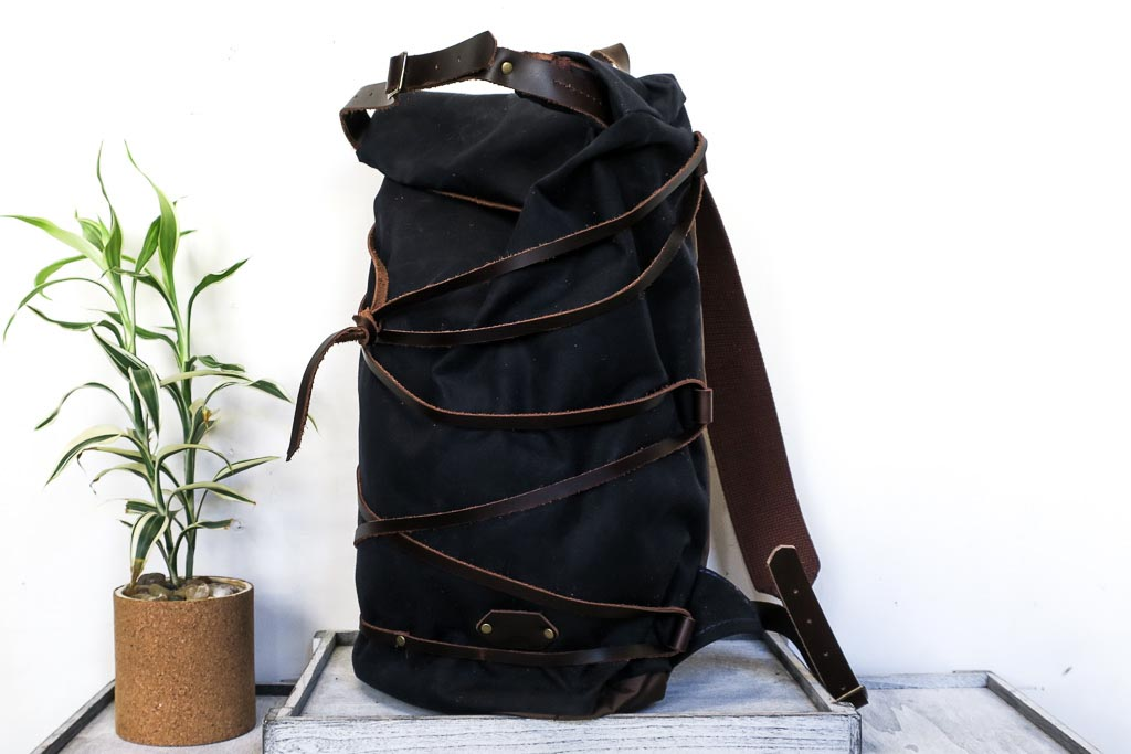 Uphill Designs - waxed canvas Divide rucksack - navy - front