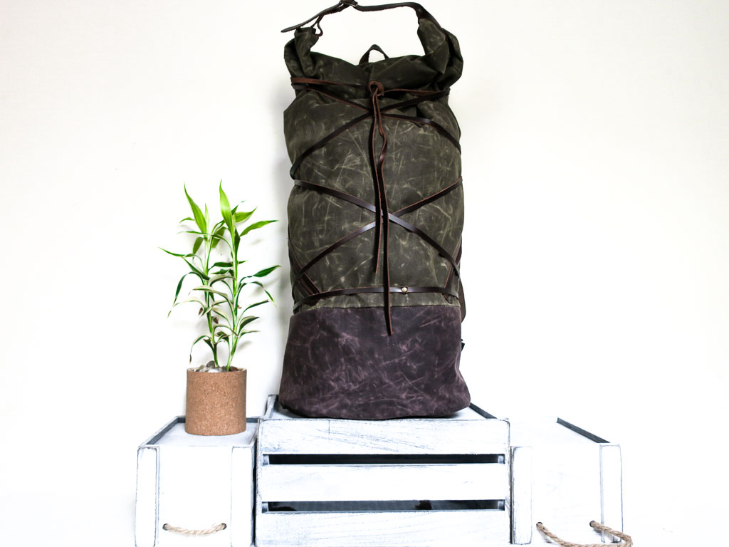 Uphill Designs - waxed canvas Divide hiking backpack - olive - front