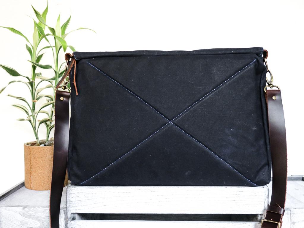 Uphill Designs - waxed canvas Appalachian messenger bag - navy - back