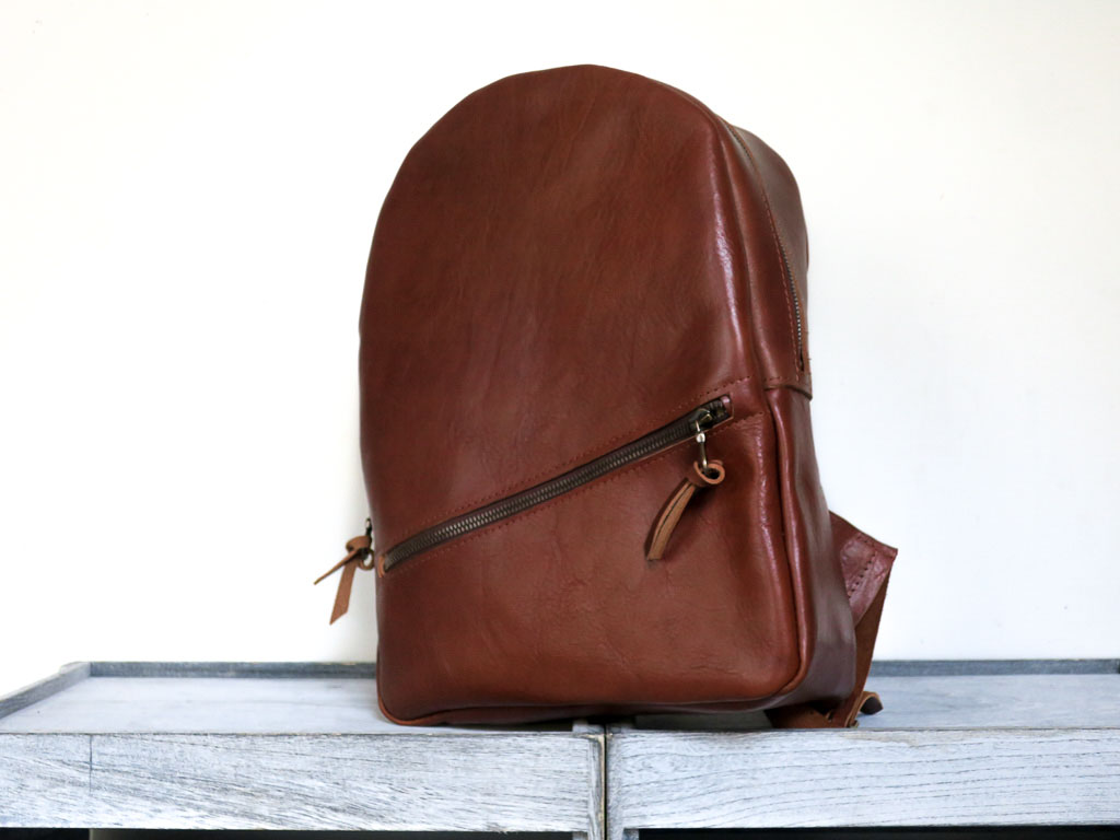 Uphill Designs - Aster leather backpack - english tan - front