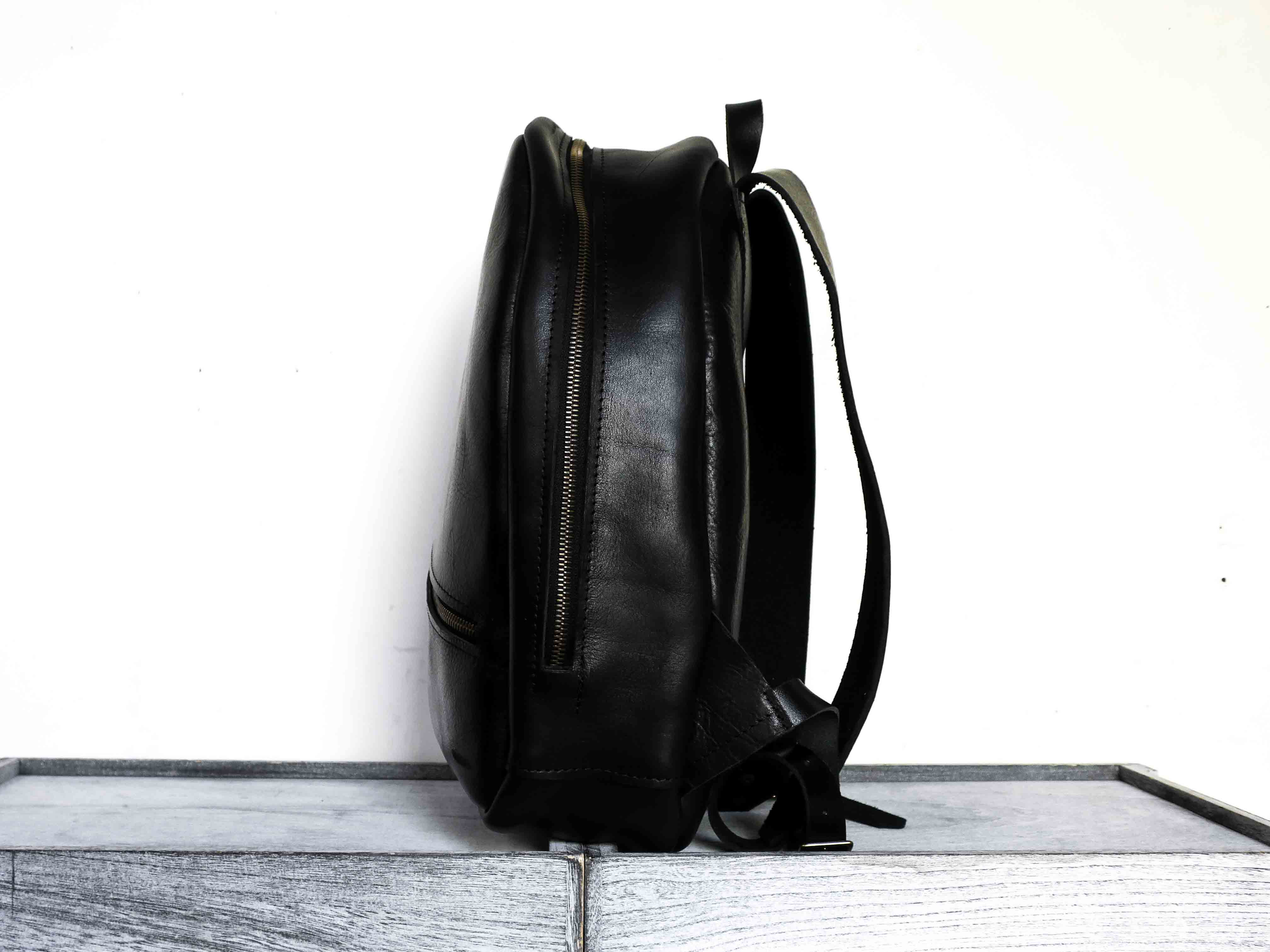Uphill Designs - Aster leather backpack - onyx black - side