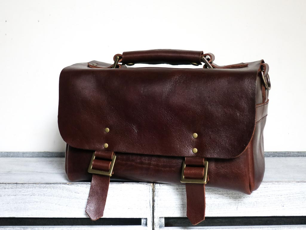 Uphill Designs - Morino leather DSLR camera bag - sienna brown - front