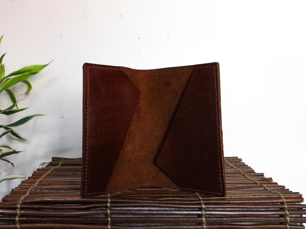 Uphill Designs - Mesa passport and field notes holder - english tan - open