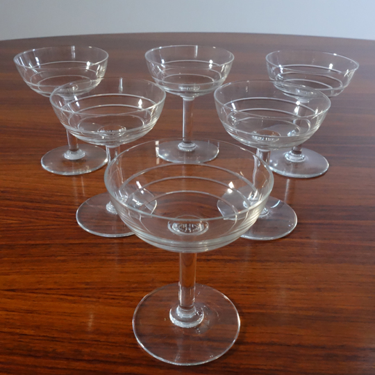 Stripped champagne crystal glasses (V.S.L)