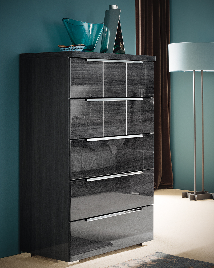 Versilia Bedroom - 5 Drawer Chest