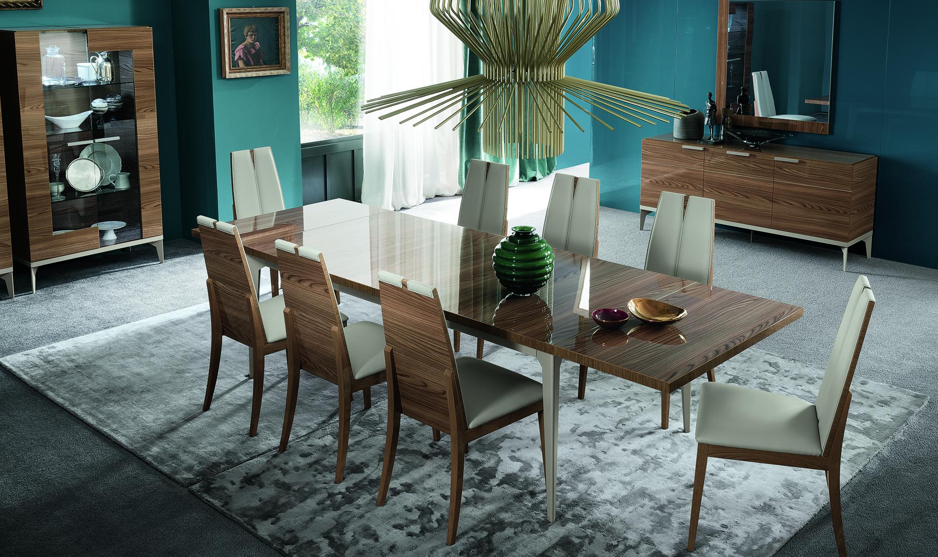 Serena Dining room