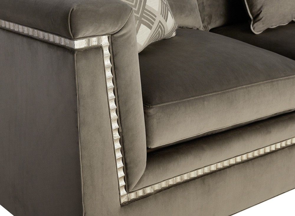 Morrissey Mani sectional Sofa Details