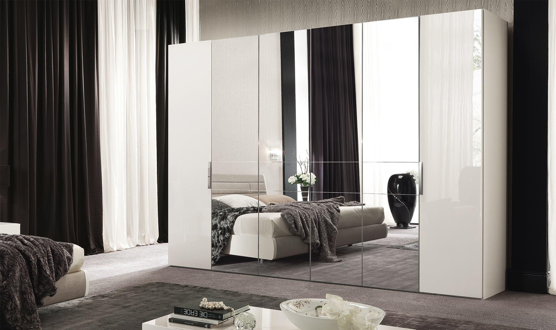 Canova Bedroom 6/D Swinging Wardrobe