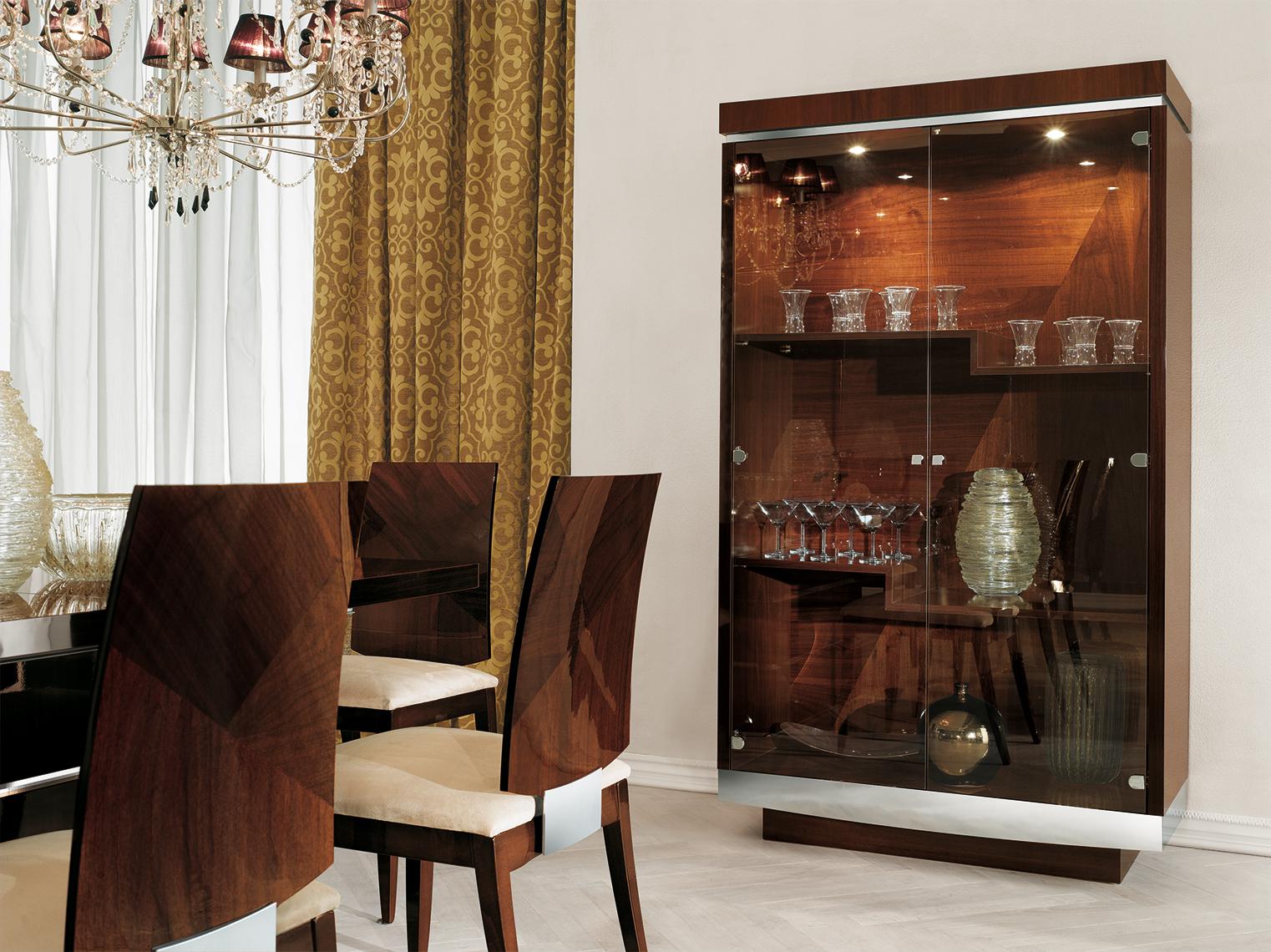Garda Dining Room 2/D Curio