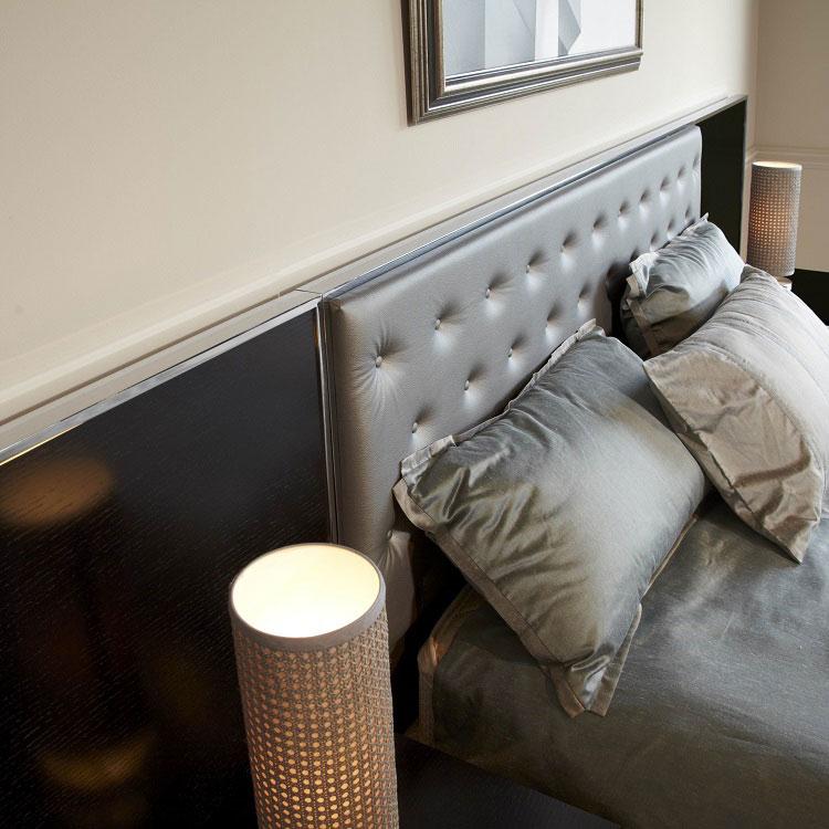 Bed chrome-upholstered City 2