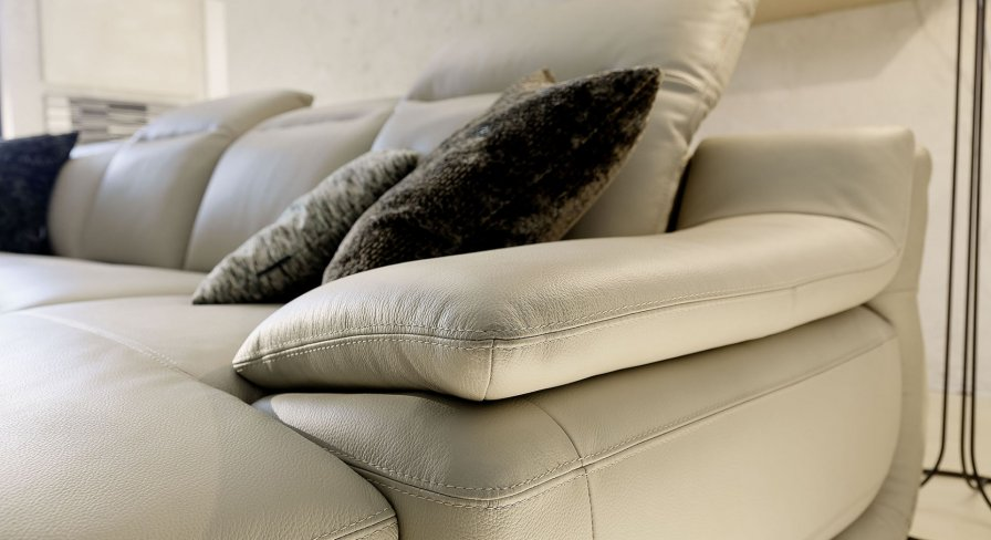 Indianapolis leather sofas deluxe right arm 2