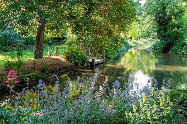 Mill House garden