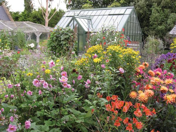 The garden at Farr's