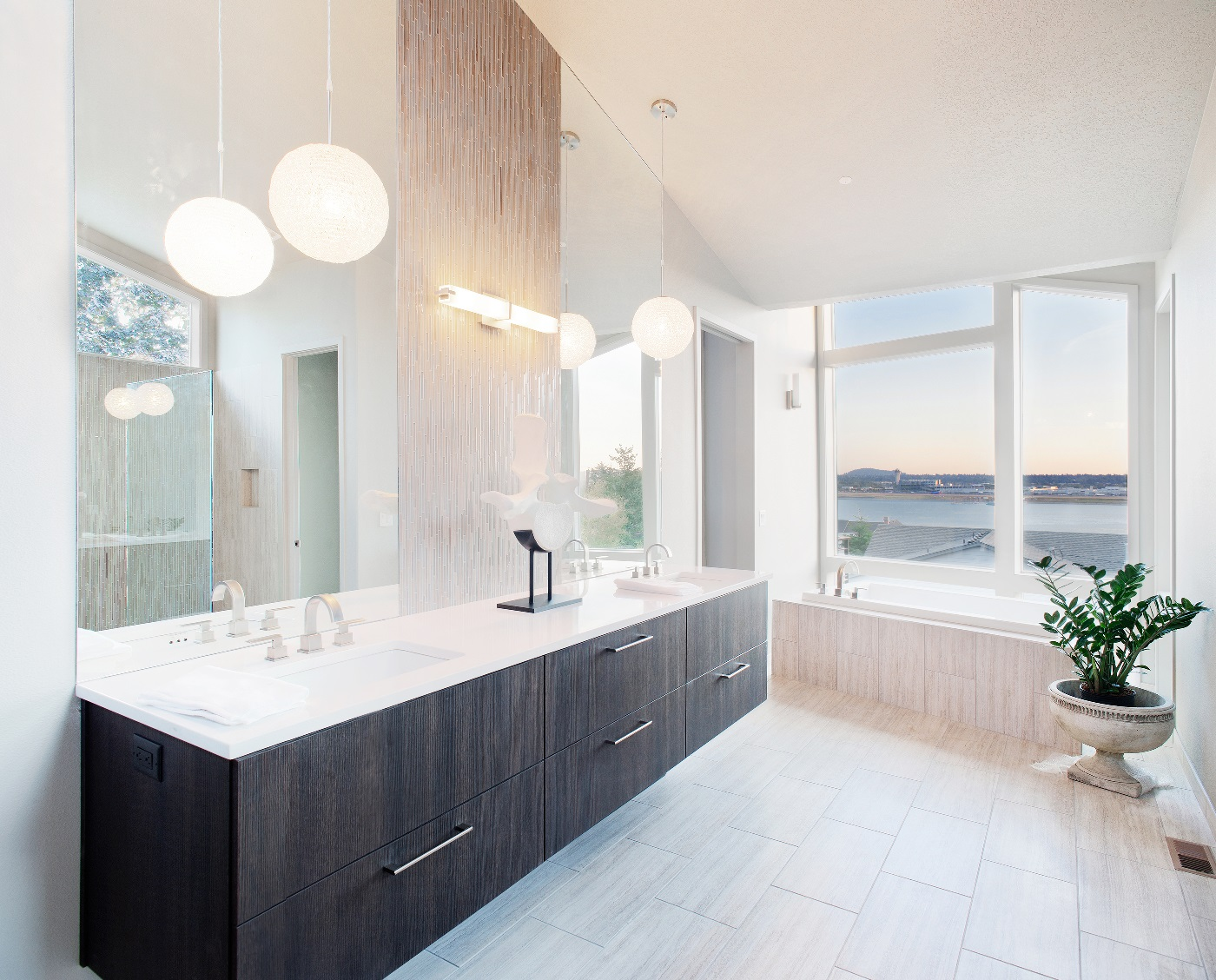 Modern Bathroom - Mosier Construction